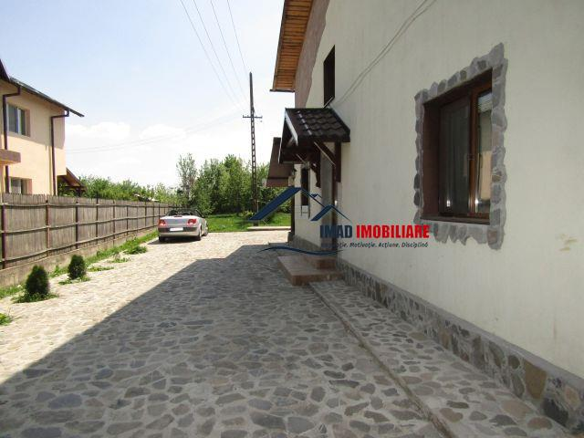 Moderna & Spatioasa! Vanzare Vila P+M (180mp) in Targoviste - Vest