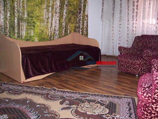 Semicentral - Inchiriere Apartament 3 camere in Brasov - zona Faget.