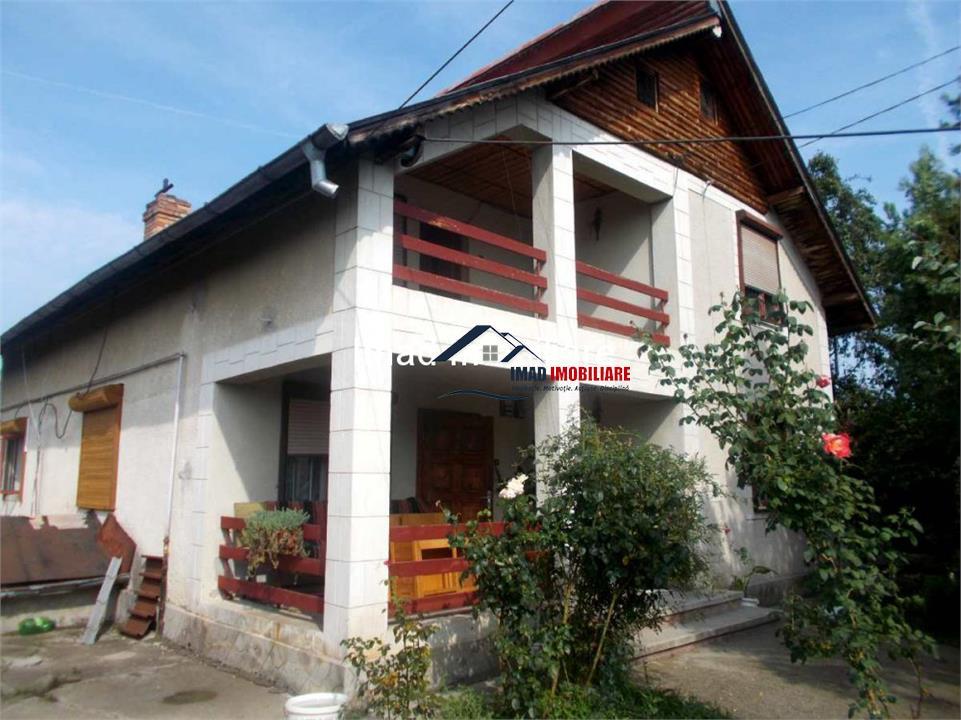 Vanzare vila P+M la 2 km de Targoviste - zona rezidentiala