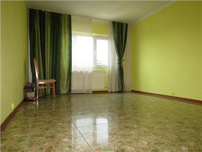 Cartier CFR! Vanzare Apartament 3 camere in Targoviste - super zona.