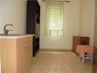 Renovat complet! Vanzare apartament cu 2 camere in Targoviste- 9