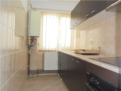 Luminos! Vanzare apartament cu 2 camere in Targoviste-Micro 4
