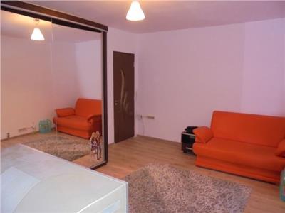 Parter! Inchiriere apartament cu 2 camere in Targoviste- micro 4