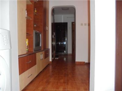 Spatios! Vanzare apartament cu 3 camere in Targoviste-micro 12