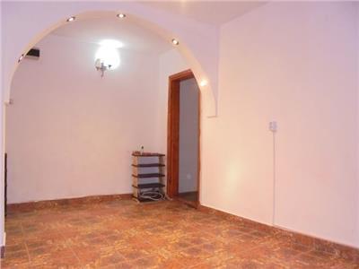 Cu balcon mare! Vanzare apartament cu 2 camere in Targoviste-m11