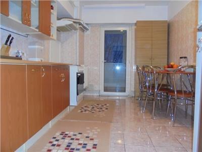 ETAJ 1! Vanzare apartament cu 2 camere in Targoviste - micro 3