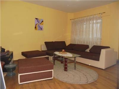 Bine intretinut! Inchiriere apartament cu 3 camere in Targoviste-micro 11