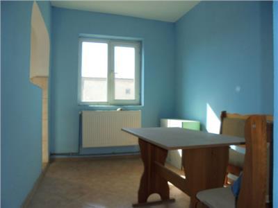 Luminos! Vanzare apartament cu 3 camere in Targoviste - micro 9