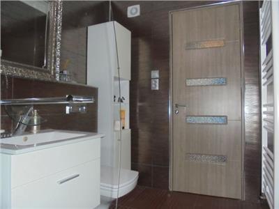 Deosebit!! Vanzare apartament cu 2 camere in Targoviste-micro 11