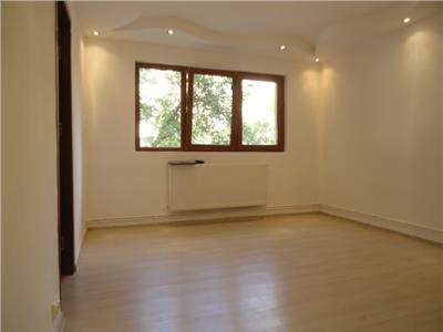 Etaj 1! Vanzare apartament cu 2 camere in Targoviste-micro 4