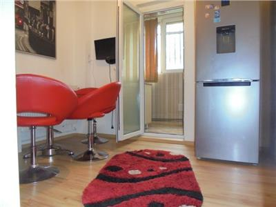 ZONA BUNA! Vanzare apartament 2 camere decomandat in Targoviste Micro 3