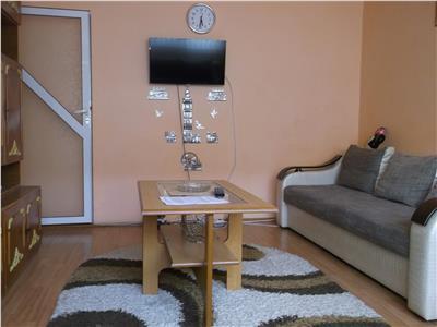 Etaj 2! Vanzare apartament cu 2 camere in Targoviste - micro 11
