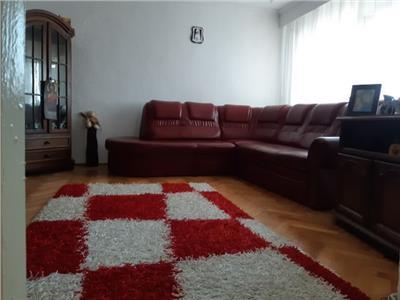 Spatios! Vanzare apartament cu 3 camere in Targoviste Micro 5!