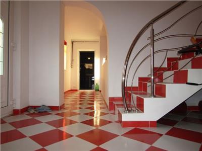 Aproape de Oras !! Vanzare Casa in Targoviste zona Viforata.