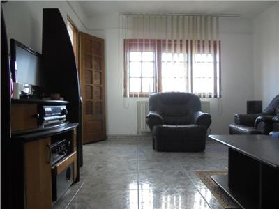 Comision 0%! Vanzare apartament cu 3 camere in Targoviste micro 3!