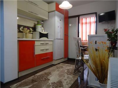 CU PERSONALITATE! Vanzare apartament cu 2 camere in Targoviste - micro 12