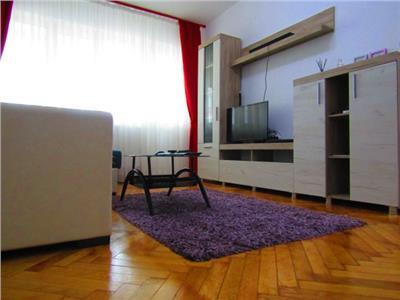 Renovat, complet mobilat si utilat! Vanzare apartament decomandat in Targoviste micro 6.