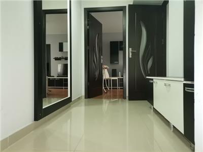Prima inchiriere! Etajul 1! Inchiriere apartament cu 3 camere in micro 11!