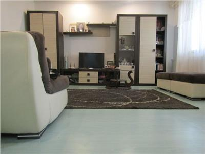 Spatios! Comision zero cumparator! Vanzare apartament cu 3 camere in Targoviste micro 5!