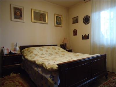 Vanzare apartament cu 3 camere in Targoviste - Zona 0