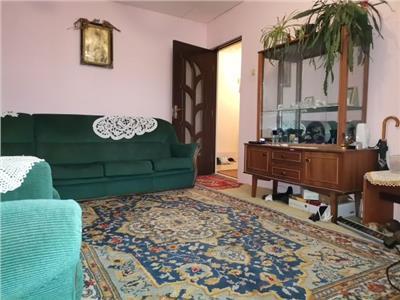 Zona Minion micro 12! Apartament cu 3 camere, decomandat!