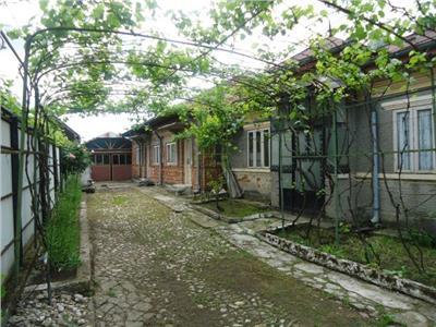 Vanzare casa cu 5 camere langa Targoviste