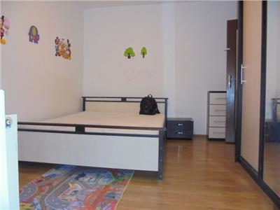 Central!! Vanzare apartament cu 2 camere in Targoviste