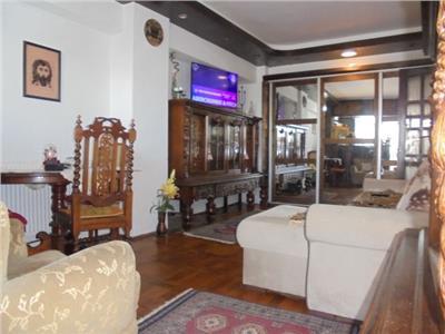 Decomandat Vanzare apartament cu 2 camere in Targoviste-M12